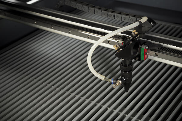 3-tips-para-darle-el-giro-a-tu-startup-con-una-cortadora-laser