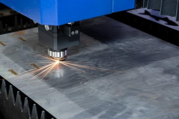 cual-es-la-cortadora-laser-ideal-para-la-industria-del-blindaje